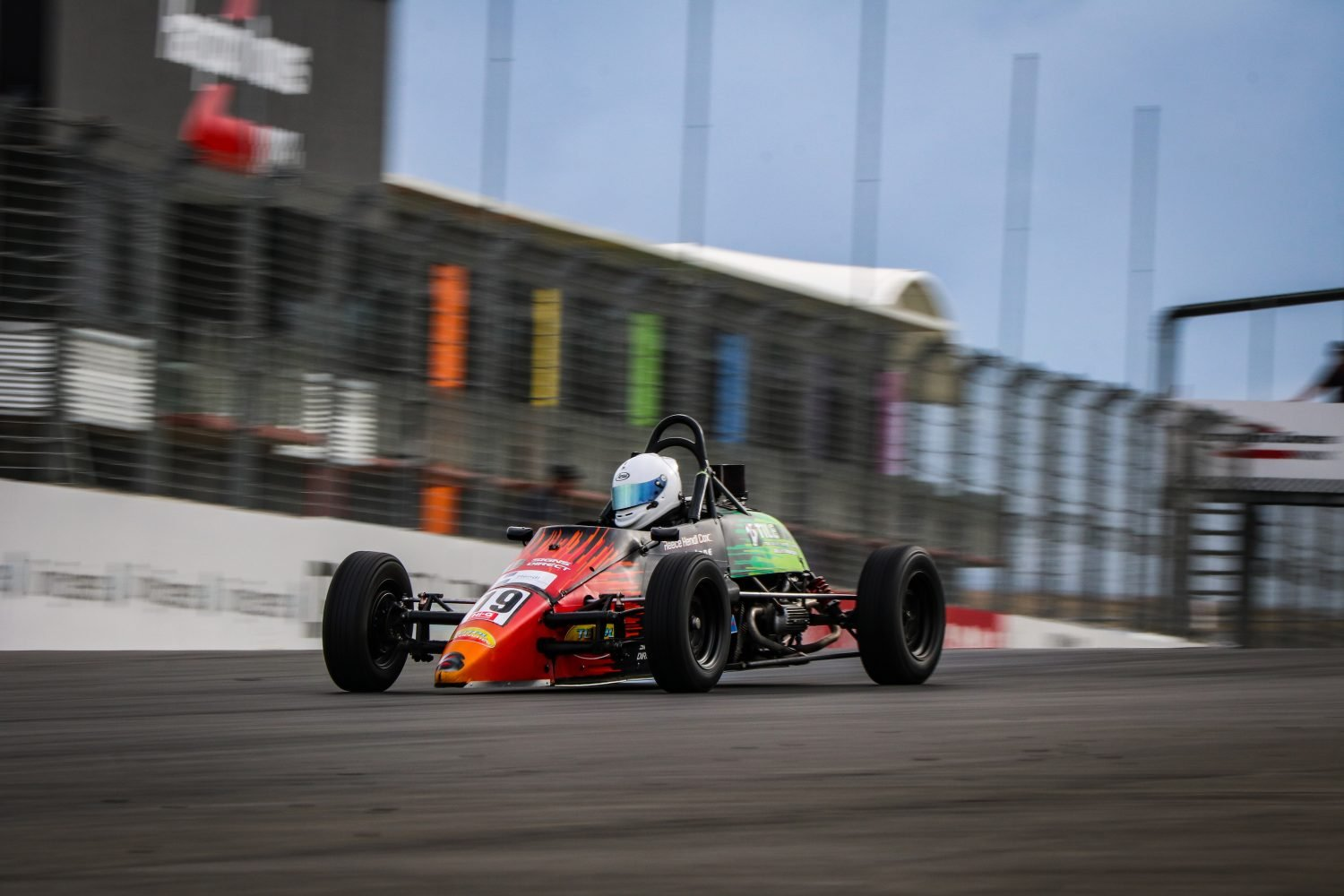 Hendl-Cox unstoppable in Formula First at Hampton Downs
