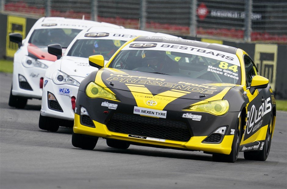 Talent of today and tomorrow lines up in Best Bars Toyota 86